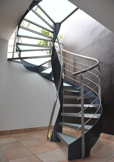 Spiral Brushed Stainless Steel Staircase And Glass Stairs, Round A Central  Well